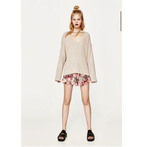 Zara Sz M Cream Sweater